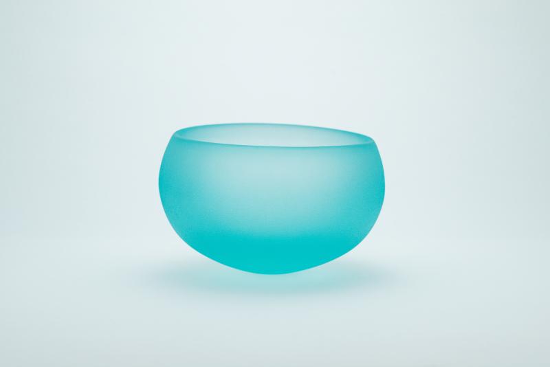 ガラス鉢「ゆれる器」